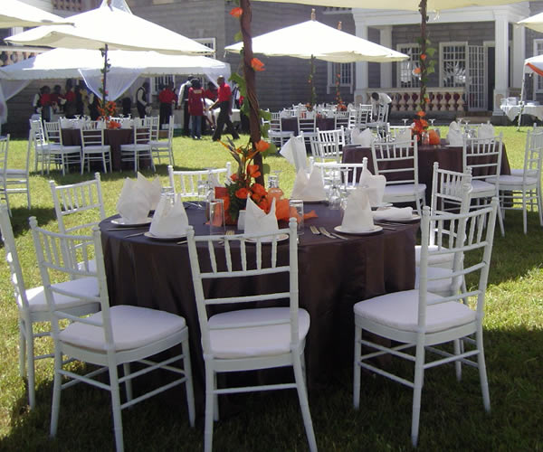 Outdoor Occasions Chiavari Chairs For Hire